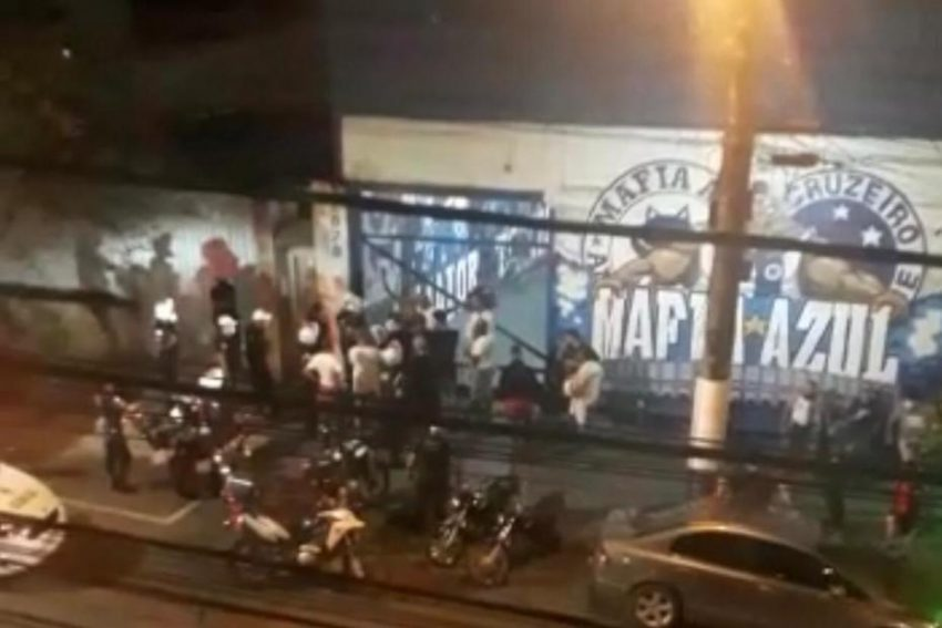 Guarda Municipal interrompe churrasco com 60 pessoas na sede da Mafia Azul