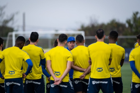 Cruzeiro visita o Coritiba, no Couto Pereira, pela 29ª rodada da Série B